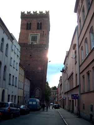 Башня костела Святой Анны в Польше